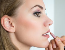 Ne ponavljajte ih: 5 najčešćih grešaka s korištenjem olovke za usne