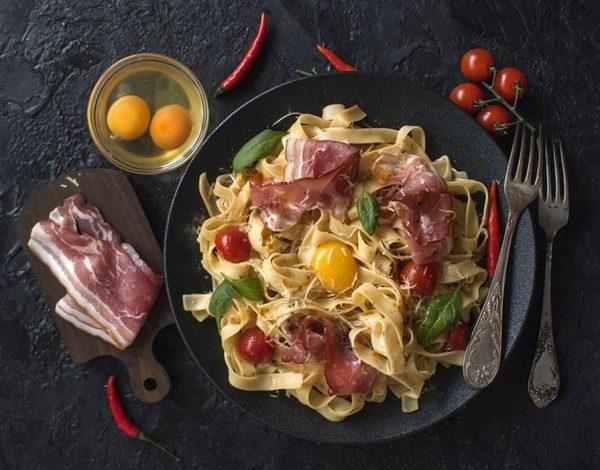 Originalna italijanska pasta karbonara gotova za 15 minuta!