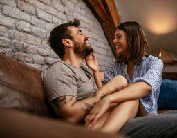 Lijepi ljudi su sretniji u ljubavi – istina ili predrasuda