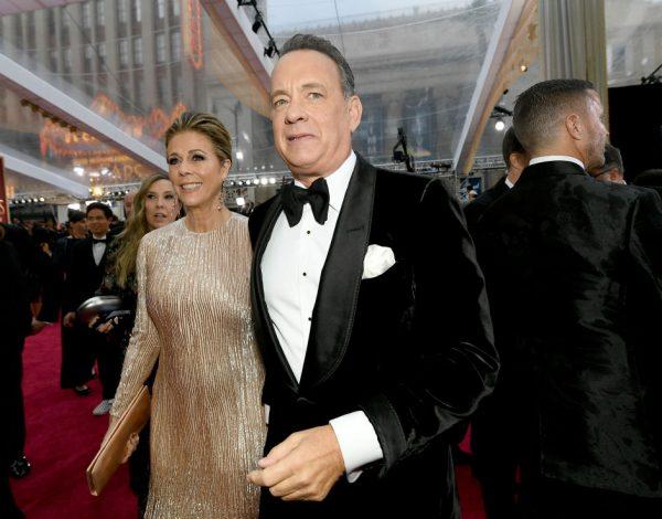 Nakon 15 dana izolacije: Tom Hanks se sa suprugom vratio kući i osjeća se dobro