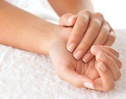 Zašto je pauza od manikira dobra za nokte?