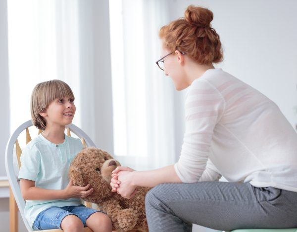 Kako možete zaštititi vaše dijete, ali i spriječiti da širi COVID-19?