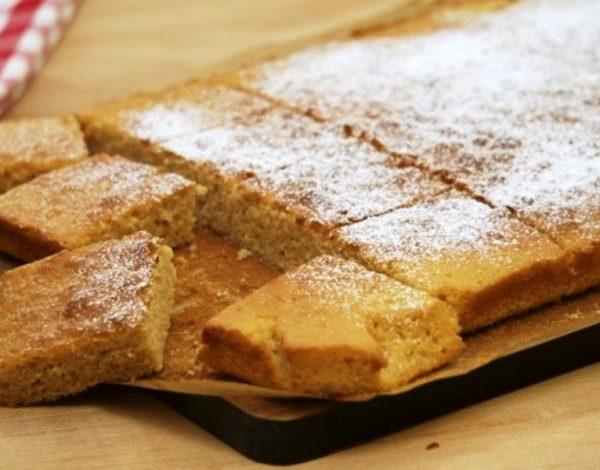 Starinski kolač s pekmezom