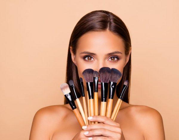 Opreza nikad dosta – Ovih dana redovno čistite i svoje proizvode za šminkanje