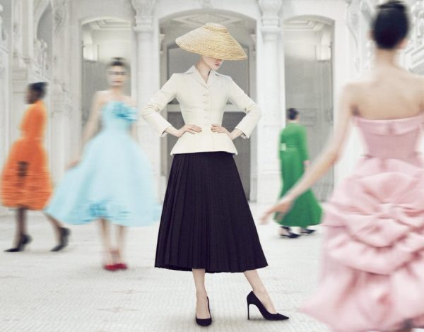 Pogledajte online – Christian Dior: Designer of Dreams