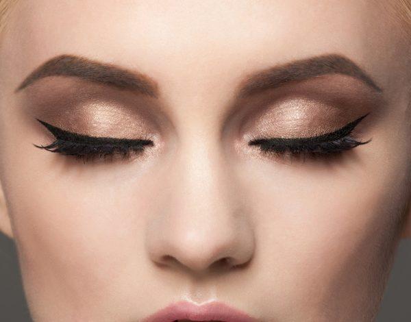 Make-up lekcije: Olovka ili tuš za oči?