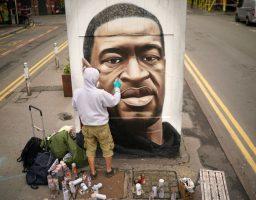 SAD: Muzička industrija nakratko obustavila rad zbog smrti Georgea Floyda
