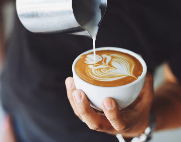 Test: Otkrijte pijete li previše kafe?