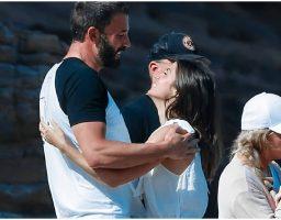 Ben Affleck i Ana de Armas uživaju u ljubavi i niko im ne smeta (FOTO)