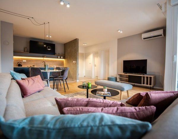 Pogledajte ovaj moderno uređen sarajevski stan od 48 kvadrata čije uređenje potpisuje Fo4a Arhitektura!