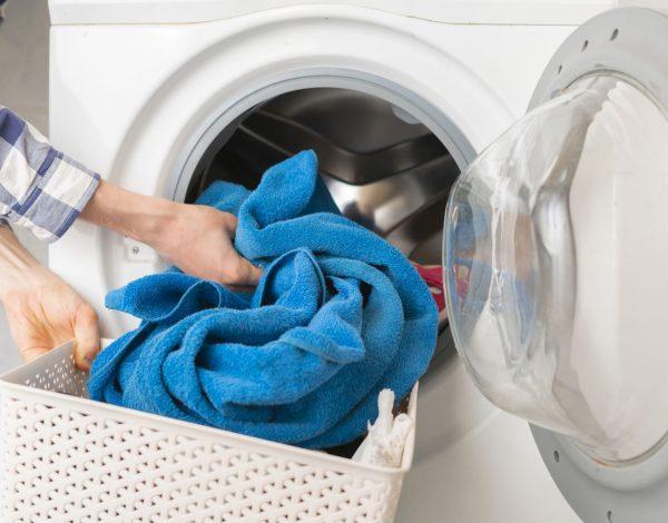 Uništava li koronavirus pranje veša u mašini?
