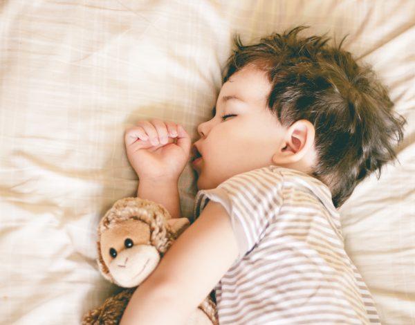 Odgovaramo: Kada bi i u kojoj dobi djeca trebala ići na spavanje?