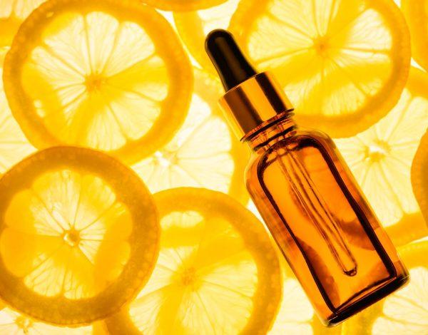 Vitamin C je naguglaniji beauty sastojak u 2020: Čudotvorac za kožu!
