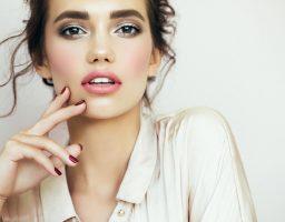 Beauty tricks: Za smeđe uči idealne su hladnije nijanse boja