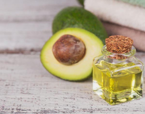 Jesenja beauty rutina: Ulje avokada za hidrataciju i otpornost kože