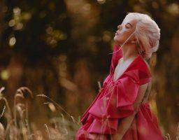 Snaga glasa: Lady Gaga zaštitno lice parfema Voce Viva