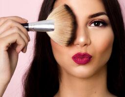 Šminka ima rok trajanja – provjerite ove proizvode u svom neseseru